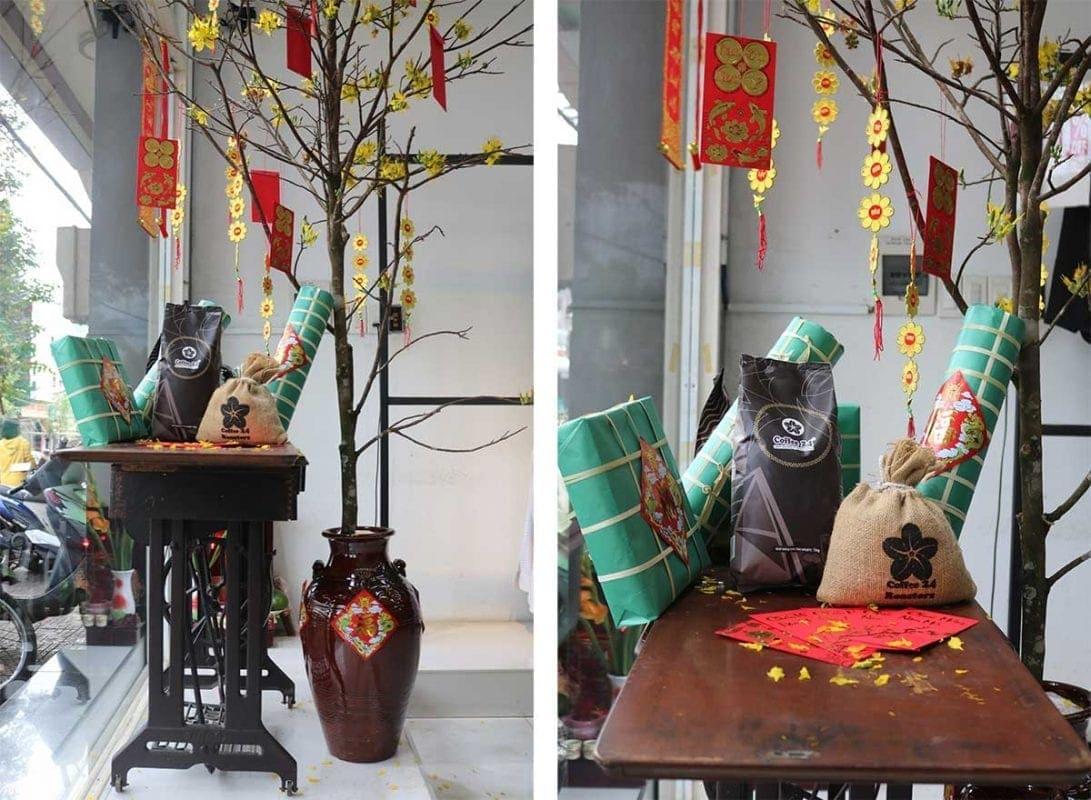 Ein geschmückter Baum zum Tet-Fest in Vietnam bei unserem Partner Coffee24